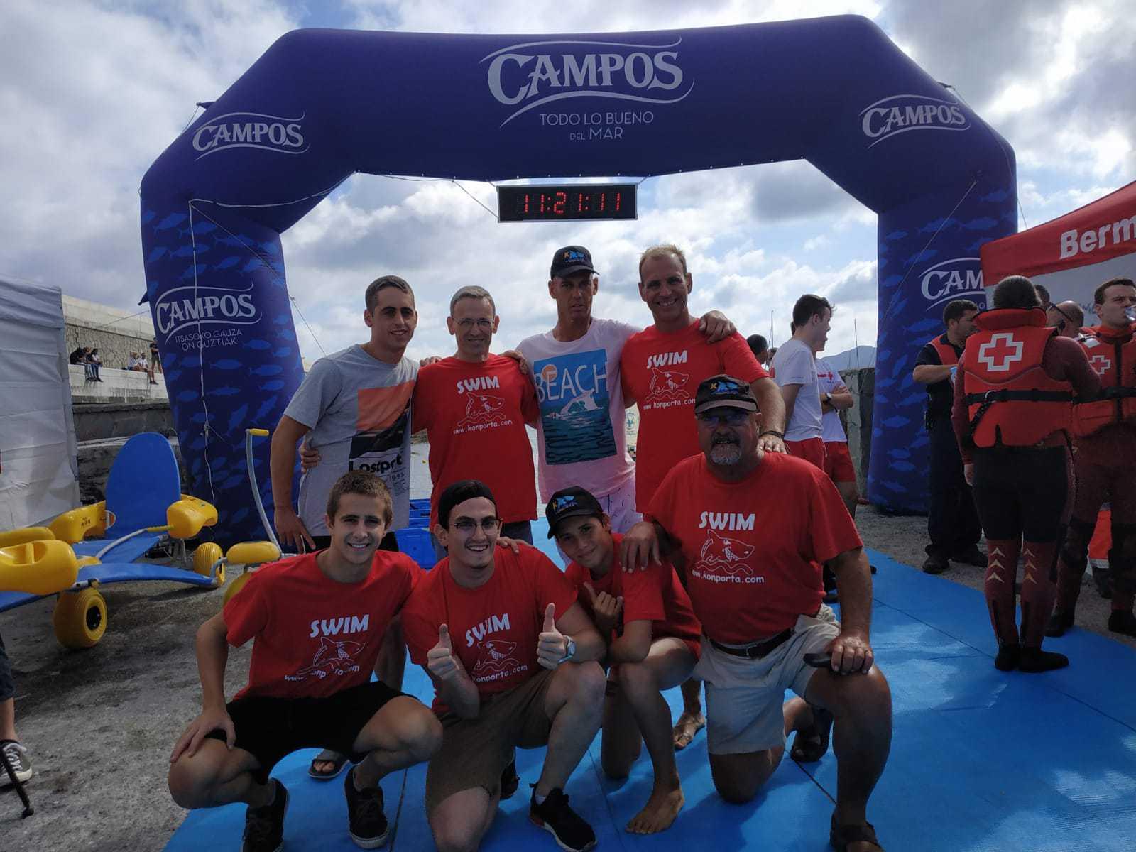 Konporta participa con 7 nadadores en la travesía de Bermeo - Konporta